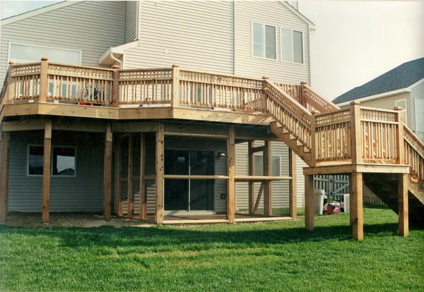 Custom Deck Building in Crystal Lake IL