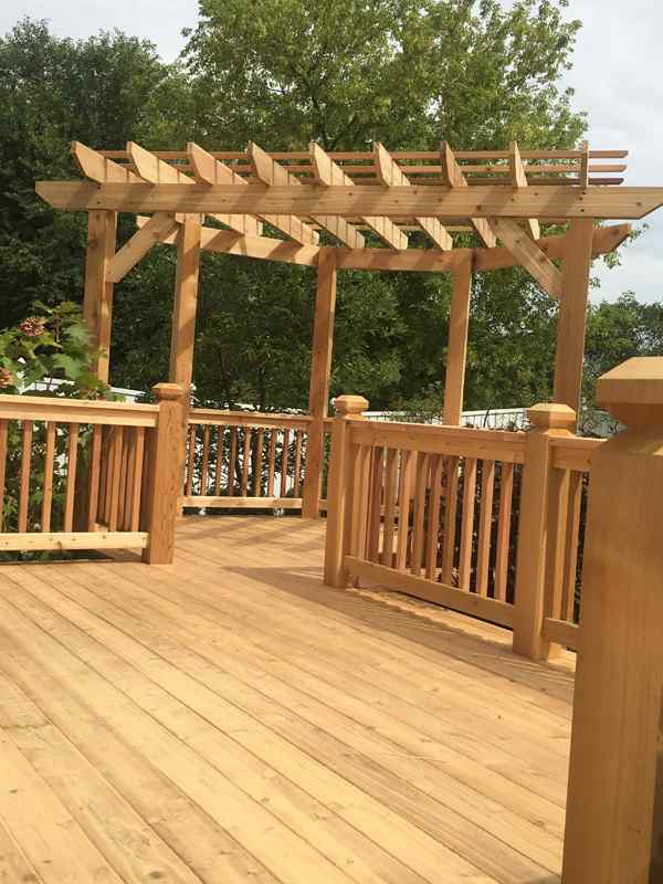 Pergola-Deck-Before